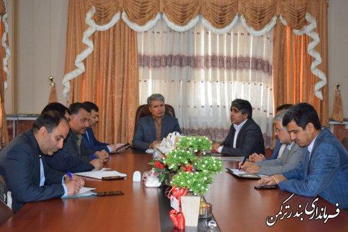 نشست انتخاباتی در شهرستان ترکمن با حضور مدیرکل سیاسی، انتخابات و تقسیمات کشوری استانداری