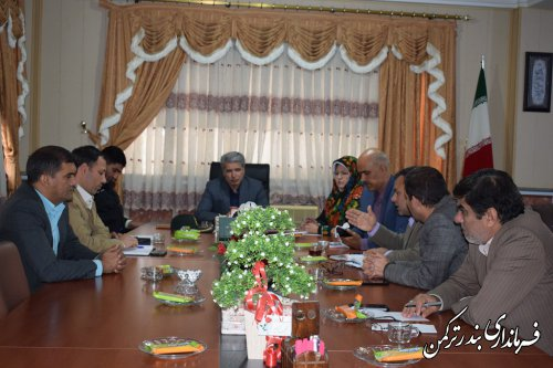 جلسه بررسی مشکلات پروژه سالن تختی شهرستان ترکمن برگزار شد