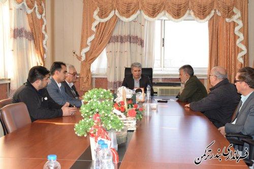 دیدار رئیس و کارکنان ثبت احوال شهرستان ترکمن با فرماندار
