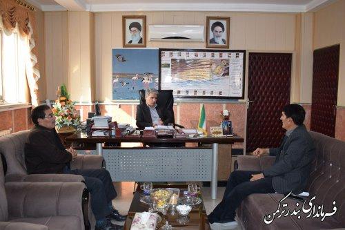 دیدار سرمایه گذار بخش خصوصی با فرماندار شهرستان ترکمن