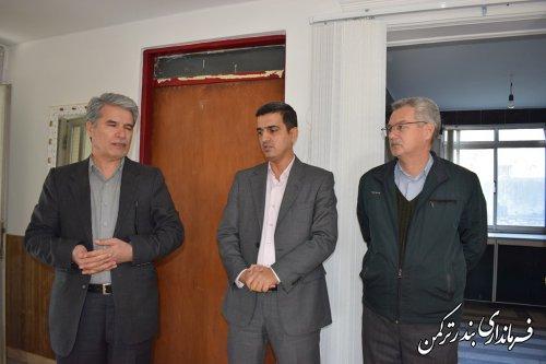 بازدید فرماندار شهرستان ترکمن از بخشداری مرکزی