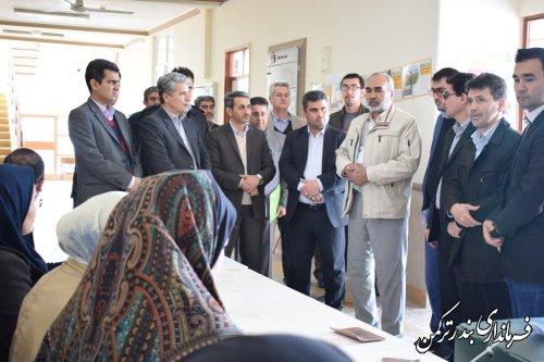 بازدید فرماندار و اعضای شورای تامین شهرستان بندرترکمن از شعب اخذ رای