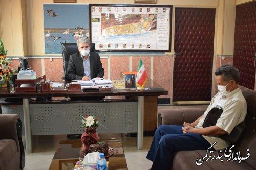 ملاقات مردمی فرماندار شهرستان بندرترکمن برگزار شد