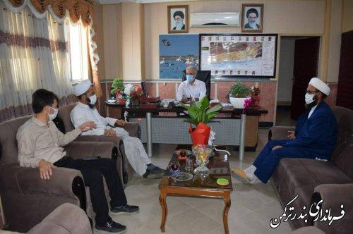 دیدار امام جمعه و مدیر حوزه علمیه روستای نیازآباد با سرپرست فرمانداری ترکمن