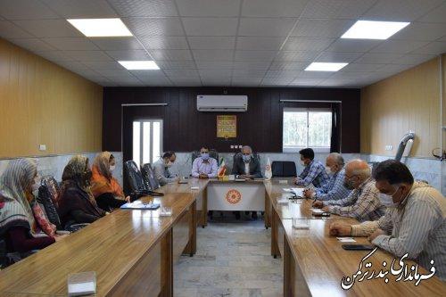 تجلیل از مدیران موسسات و تشکل های مردمی شهرستان ترکمن