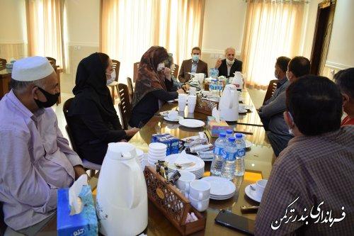 نشست فرماندار شهرستان ترکمن با فعالان عرصه گردشگری شهرستان