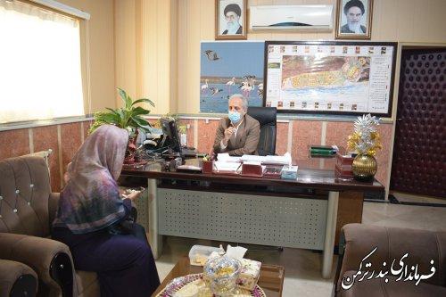 فرماندار شهرستان ترکمن بصورت چهره به چهره با شهروندان دیدار کرد