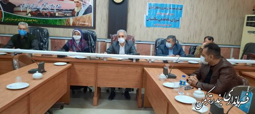 جلسه شورای سالمندان و مناسب سازی مبلمان شهری شهرستان ترکمن برگزار شد