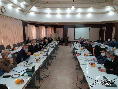 حضور فرماندار ترکمن در نشست مجمع نمایندگان مجلس شورای اسلامی با محوریت مشکلات سوارکاری