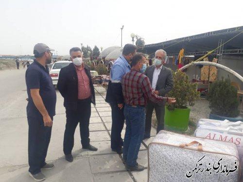 بازدید فرماندار از روند آماده سازی نمایشگاه صنایع دستی در بازارچه اسکله بندرترکمن