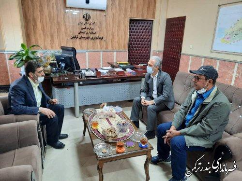 نشست مدیرعامل شرکت آسمانه دریای خزر با فرماندار شهرستان ترکمن