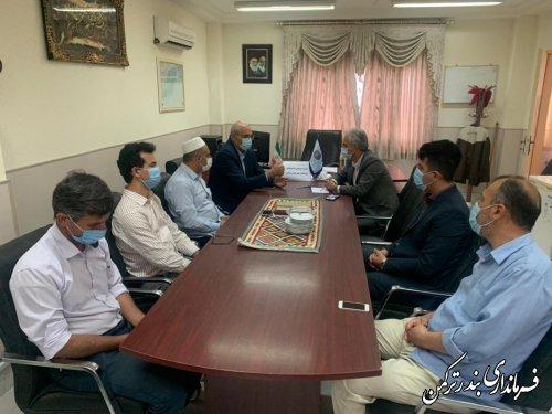 فرماندار ترکمن به مناسبت هفته ملی مهارت با رئیس و کارکنان مرکز آموزش فنی و حرفه ای شهرستان دیدار کرد