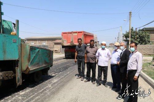 بازدید میدانی فرماندار ترکمن از روند اجرای طرح هادی روستای پیخی حاجی