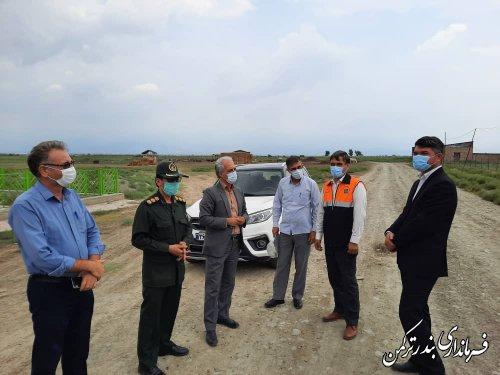 بازدید فرماندار ترکمن از جاده بین مزارع  شهر سیجوال