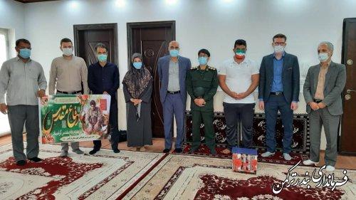 تجلیل فرماندار شهرستان ترکمن از پرچمدار ایران در مسابقات پارالمپیک ۲۰۲۰ توکیو